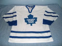 800px-Toronto_Maple_Leafs_bild
