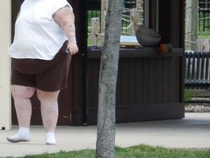 Obese_Woman_Walking