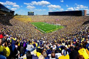 800px-Michigan_Stadium,_17_September_2012