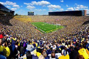 800px-Michigan_Stadium,_17_September_2012