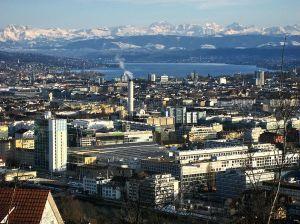 799px-Zürich_-_Waidberg-Zürichsee_2