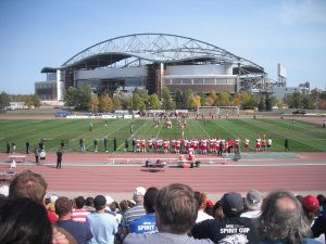 800px-Bisons_vs_Calgary